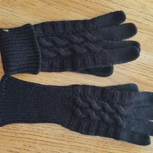 Black Cable Knit Leather Gloves.